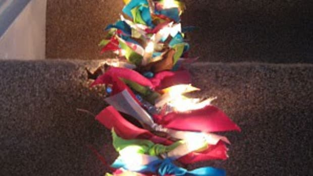 scrappy-light-garland