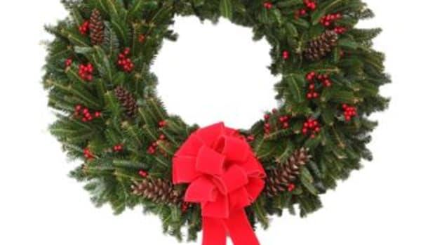 costco holiday wreath