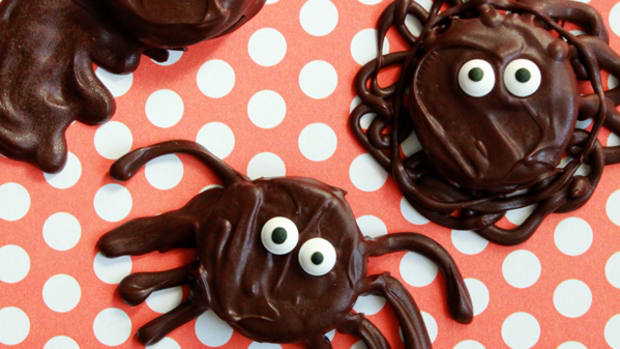 5 Halloween Cookie Recipes for Class Parties