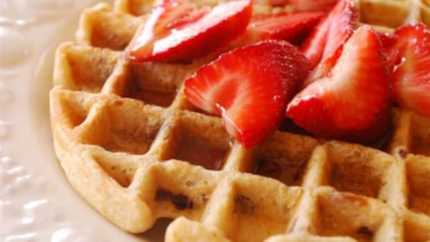 whole-wheat-and-oatmeal-waffle_0003-400x267