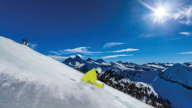 Best-FamilyFriendly-Ski-Resorts-in-Wyoming--51c799780fa0461d91b41ed31808155c