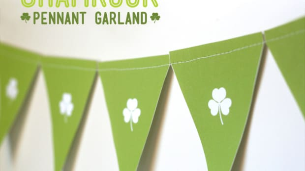 Shamrock Garland Preview