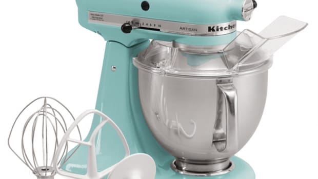 KitchenAid_5-Quart_Tilt-Head_Artisan_Series_Stand_Mixer
