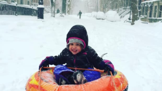 The Cutest Kid Pics from SNOWMAGEDDON 2016 @craineysnow