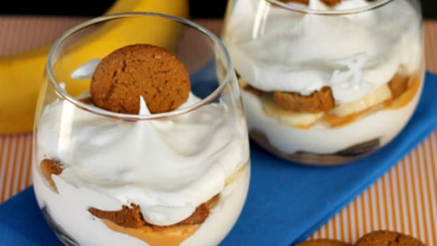 Butterscotch Banana Parfaits: An easy, no-bake dessert!