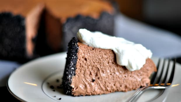 Almond Chocolate Mousse Cake - TodaysMama.com