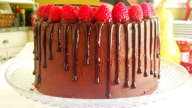 chocolate raspberry cake decorated