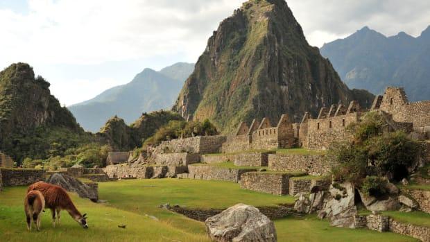 Machu Picchu, Peru (Flickr: Emilio Labrador)