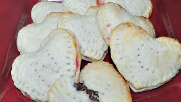 Homemade Pop Tart Hearts - Valentines Breakfast Idea