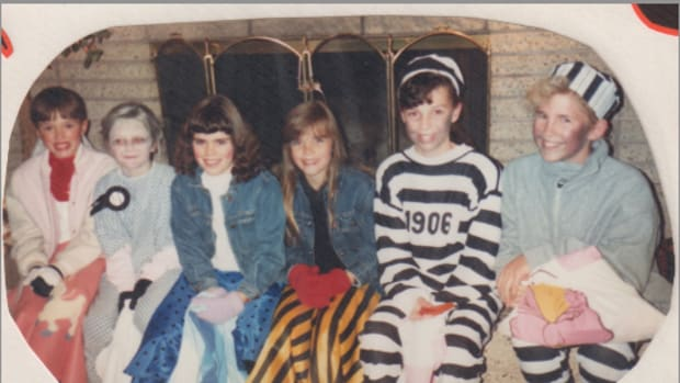 Can you tell which awesome bangs are mine?