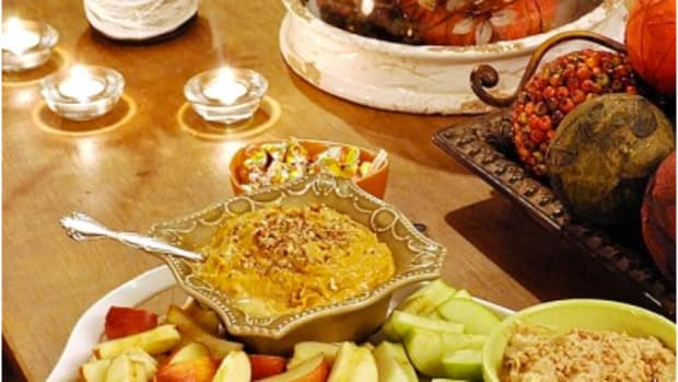 Pumpkin dip with green and red apples