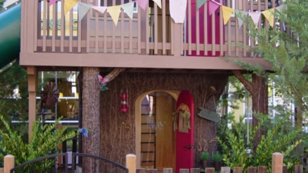 Building-a-Kids-Treehouse-1