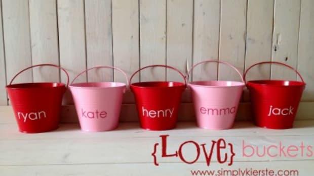 Love Buckets Family Valentine Tradition www.TodaysMama.com