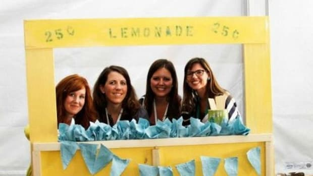 Food-inspired Building Project - The Lemonade Stand