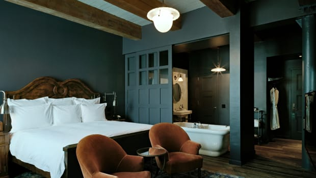 Splurge in vintage luxury at Soho House in New York. (Courtesy Soho House)