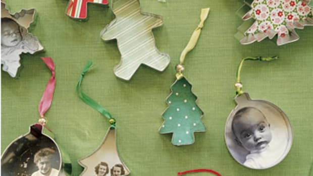 cookie cutter ornaments with photos