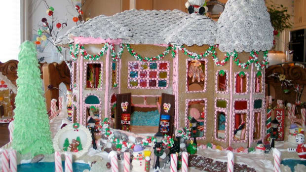 Custom Gingerbread House