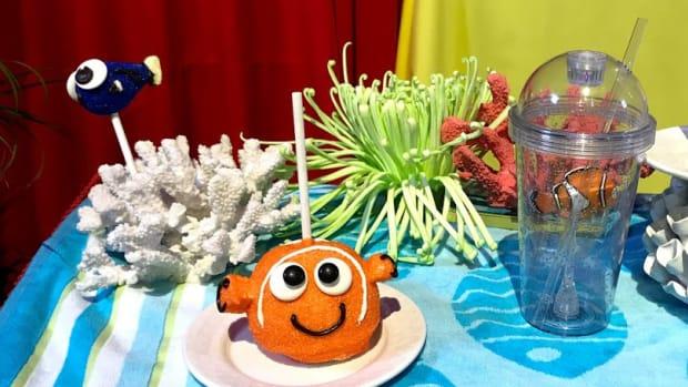 Disneyland Pixar Fest Cake Pops Nemo