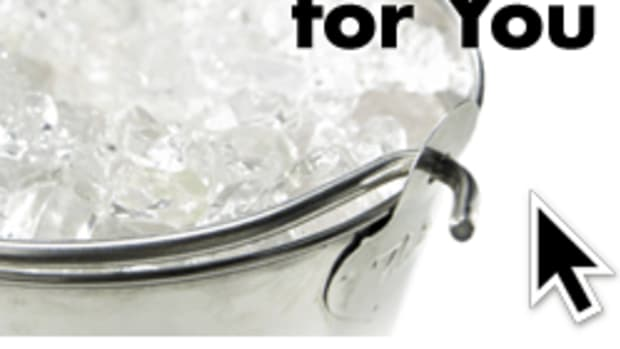 Before You Participate in the ALS Ice Bucket Challenge, Read This www.TodaysMama.com