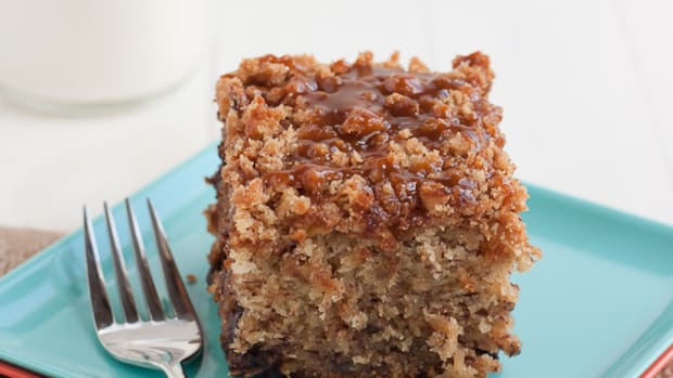 Banana Streusel Coffee Cake with Salted Caramel Glaze