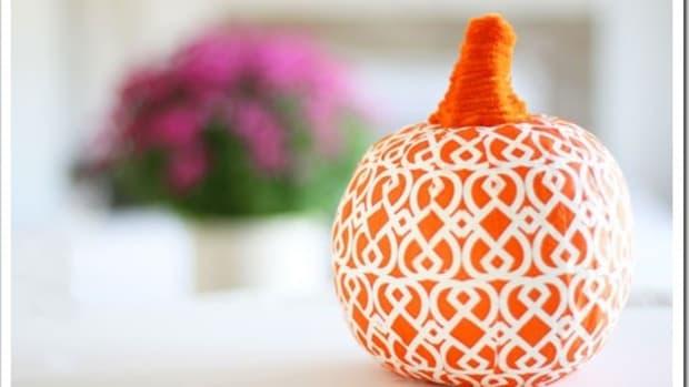 Modern paper pumpkins
