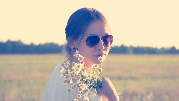 flower-people-hippie-flower-child-flower-child-girl-336658