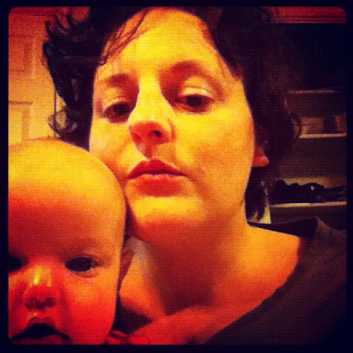 The author without makeup (new resolution?) with a completed 2011 resolution (have a baby)