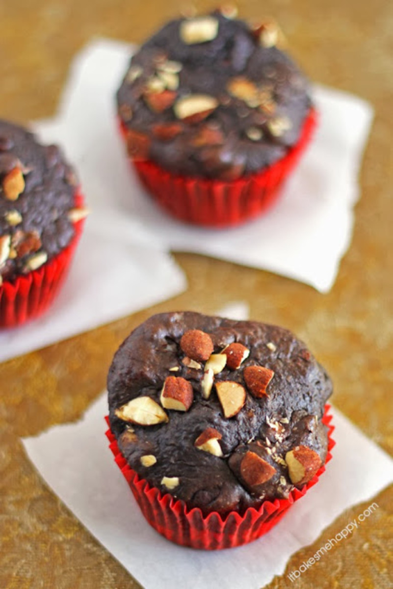 Chocolate Almond Muffins | It Bakes Me Happy {healthier than they look!}
