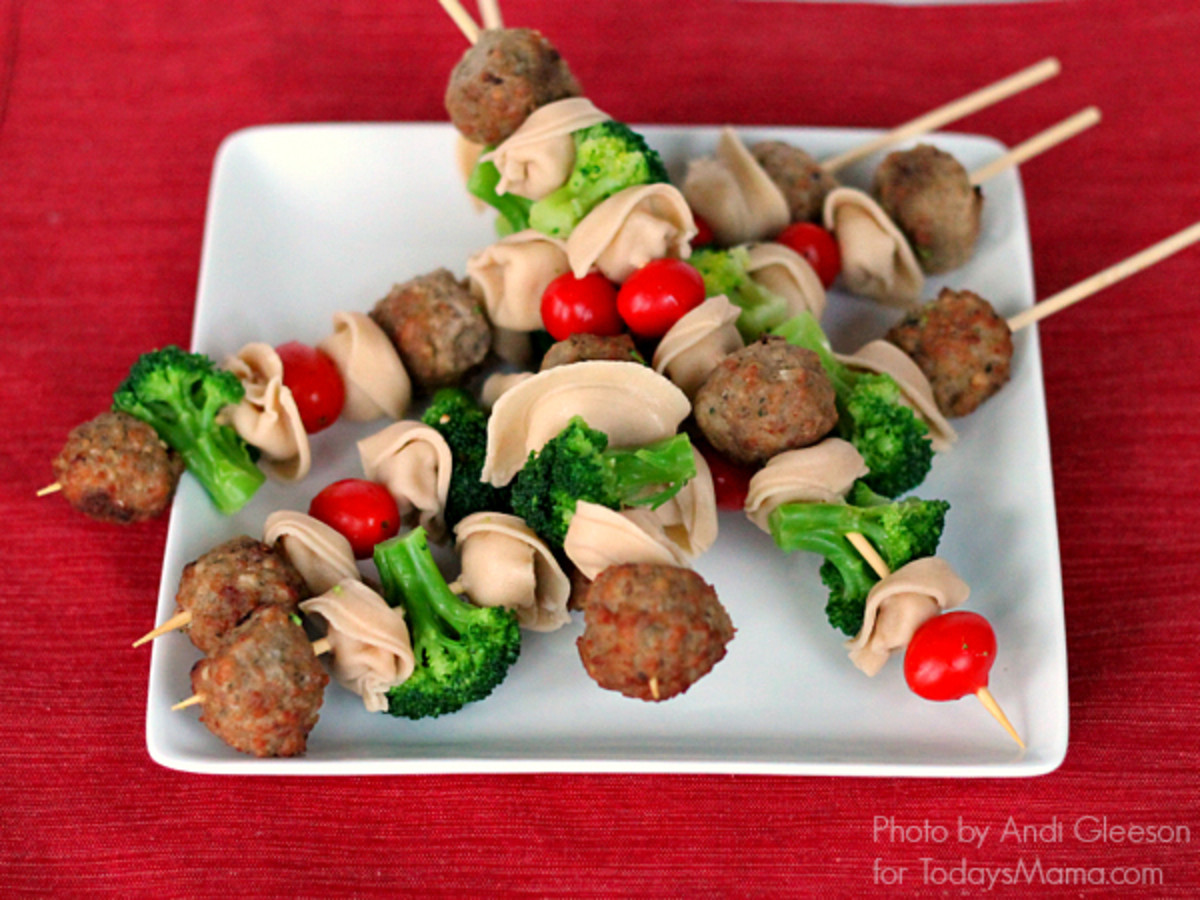 Spaghetti and Meatballs Skewers: A fun, kid-friendly dinner idea!