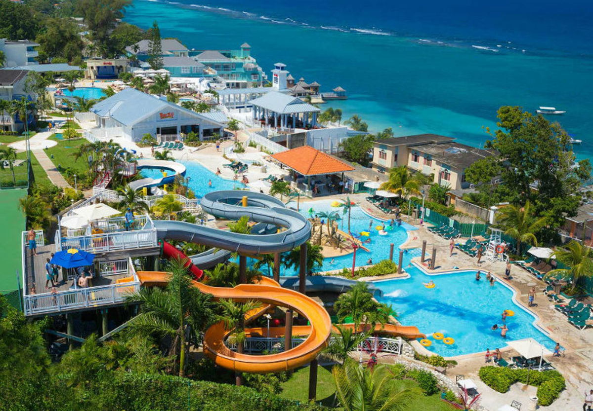 5-Best-AllInclusive-Resorts-for-Families-in-the-Caribbean-0e1f3d3af4914a20a614d2b4458a5d66