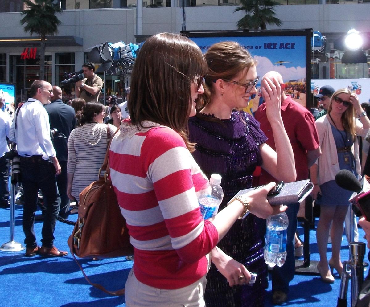 Anne Hathaway at Rio Premiere
