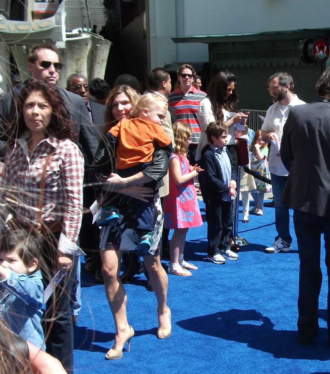 Families at Rio, including Leslie Mann's
