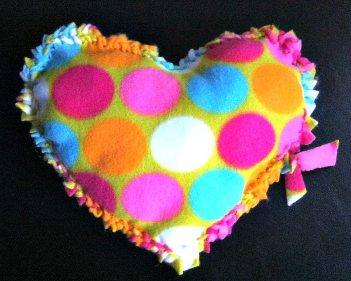 Braided Edge Fleece Heart Pillow - TodaysMama.com