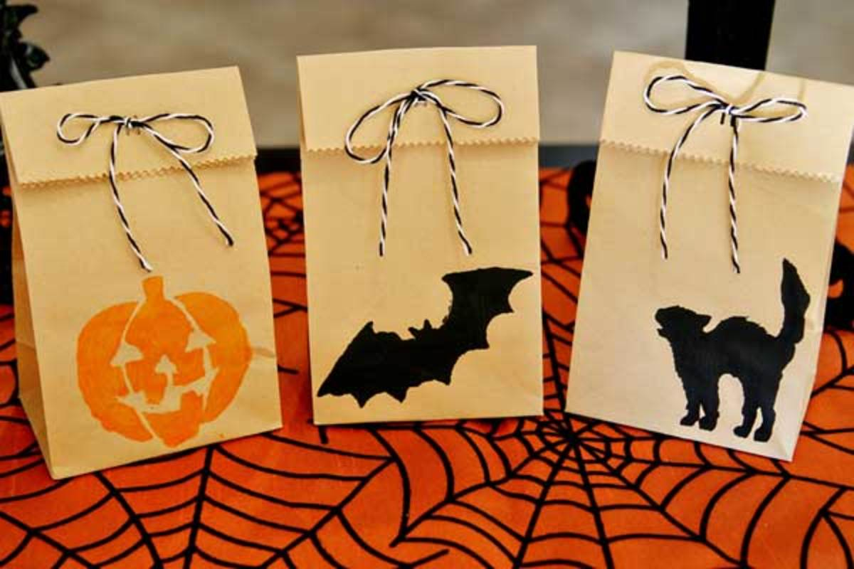 halloween-treat-bag-stamps