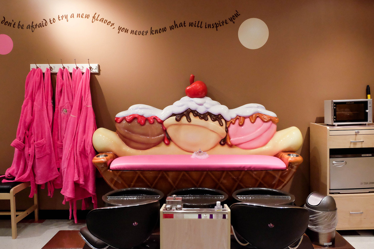 The girls will love having a spa day at Scooops Kids Spa. (Photo: Michelle Rae Uy)