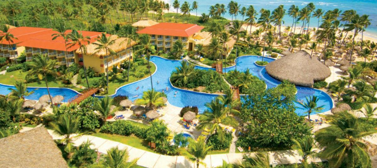 ENDS-SOON-5-Beach-Resort-Deals-You-Must-Book-Soon-327ea530d9c14ea3a7231748d03fda1c