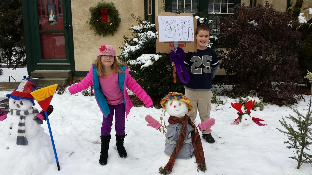Family Snow Day www.TodaysMama.com