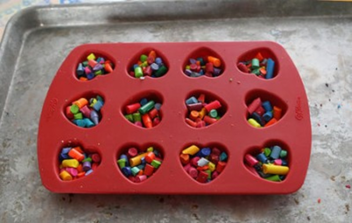 baking heart crayons