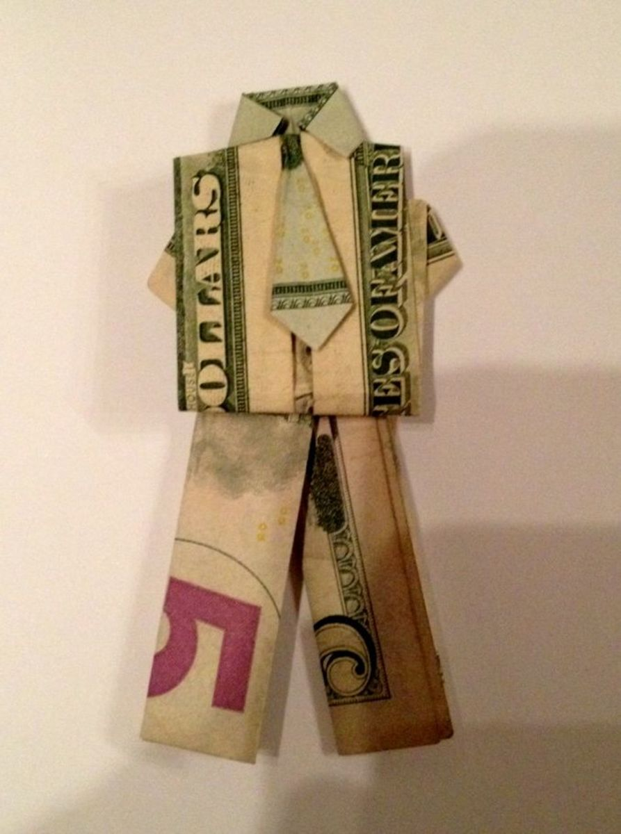 money-suit-origami