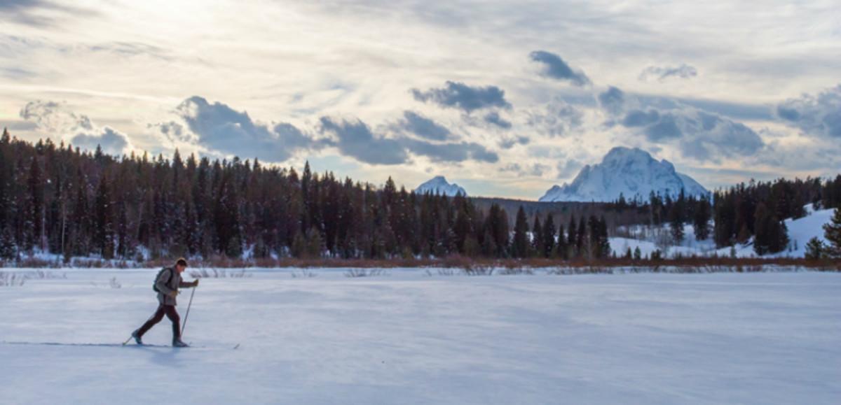 Best-FamilyFriendly-Ski-Resorts-in-Wyoming--11e43f0cfb164aa08119bbb3eb8ce8c3