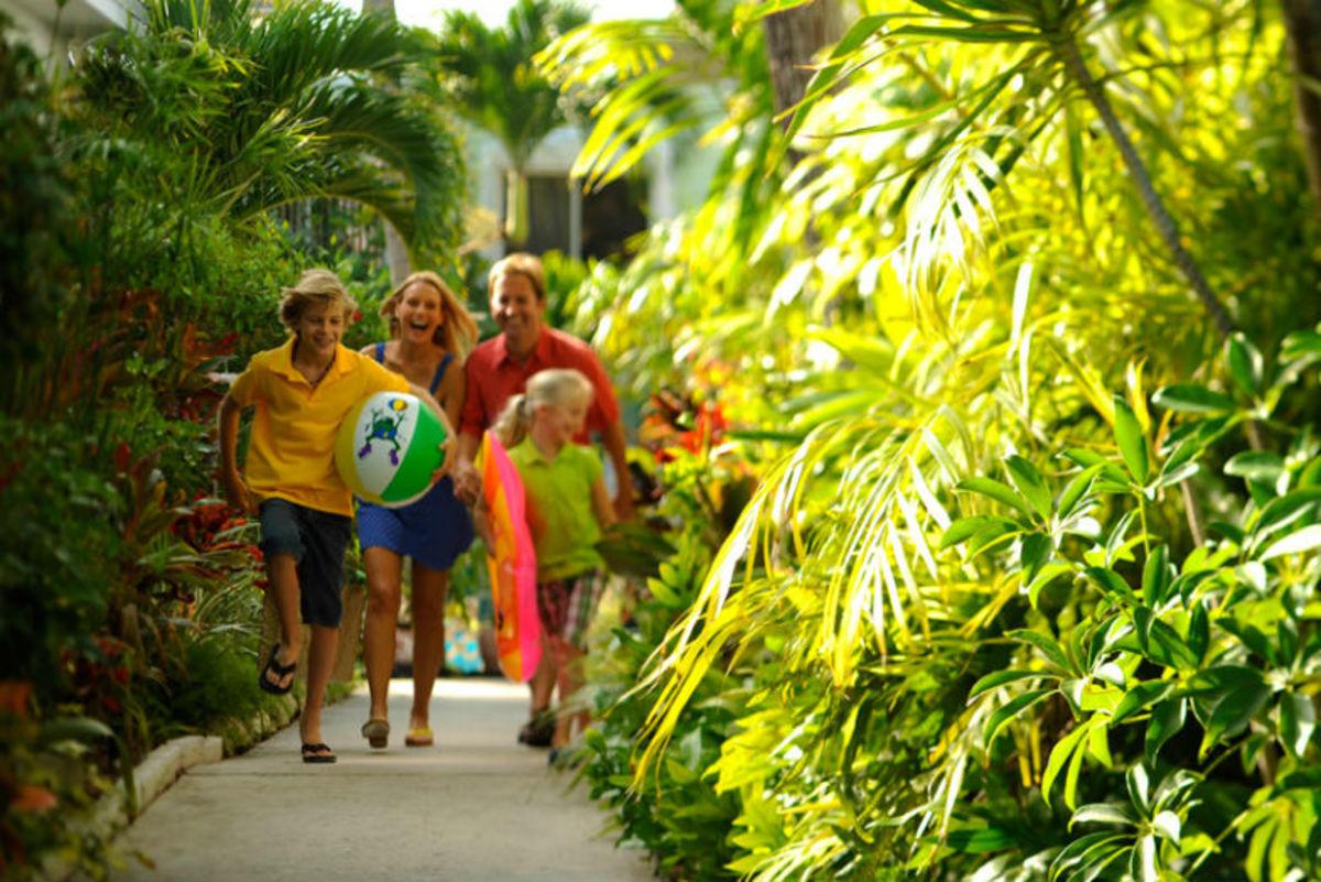 Bahamas-Hotels-That-Families-Can-Afford-bddf040b3ff24b4387019914e0d44a2e