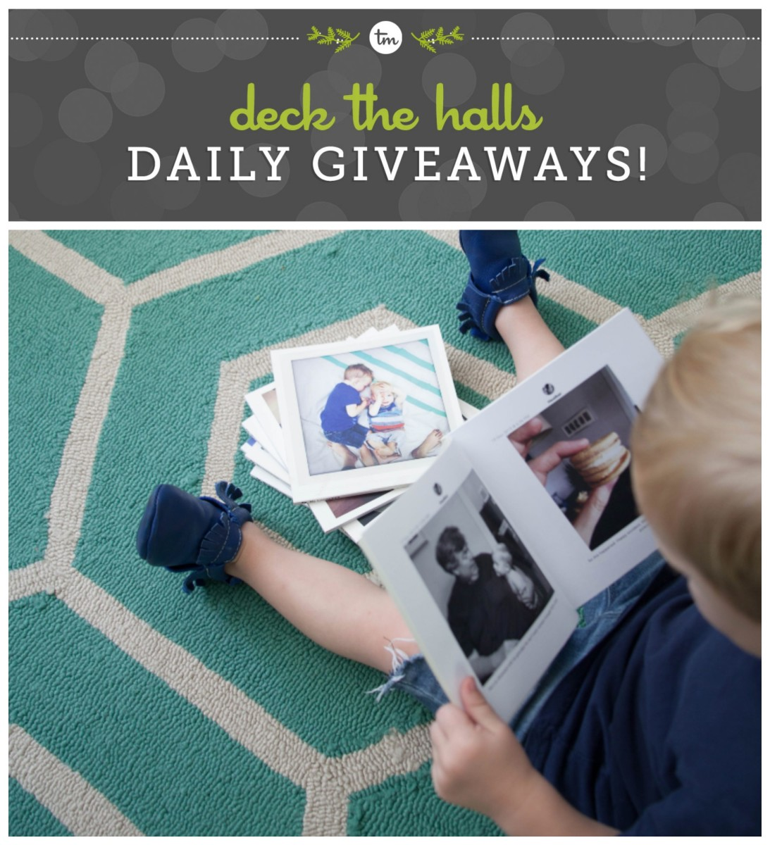 Deck the Halls Chatbooks Giveaway