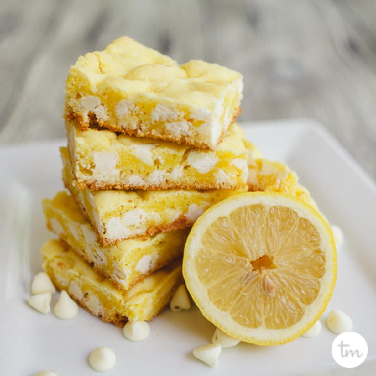 Lemon White Chocolate Lazy Cookie Cake Mix Bars-9