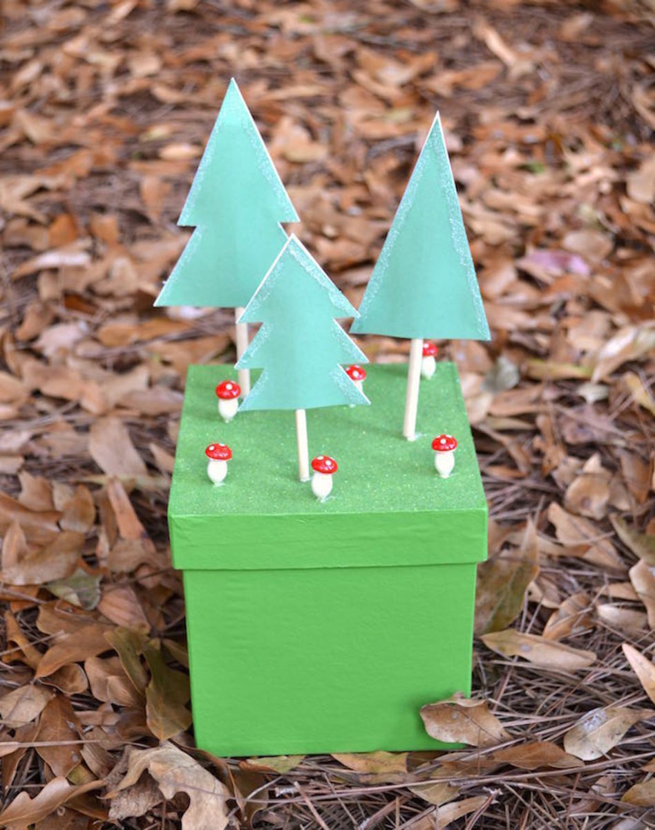3-D Woodland Gift Packaging