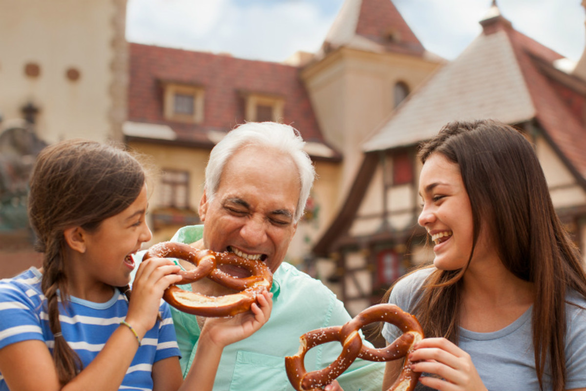 MultiGenerational-Vacation-Tips-from-an-Expert-f3812d3ceb8a4bc0992deeead5df86f0