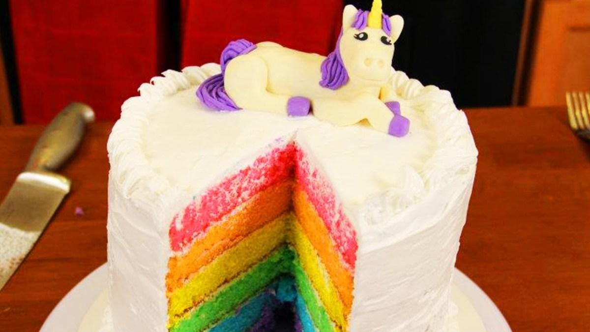 How To Make a Rainbow Cake www.TodaysMama.com