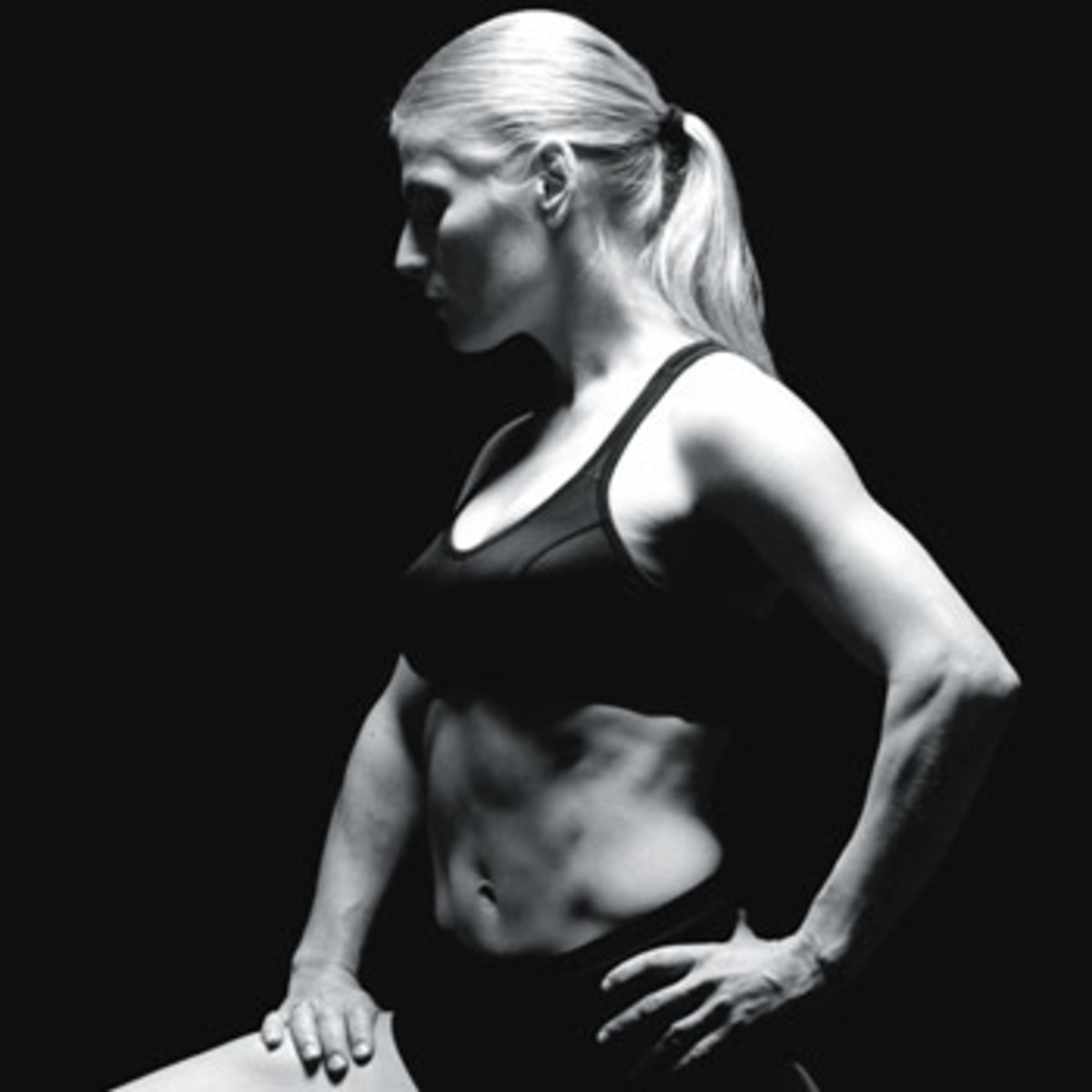 Dreya Webber, one of the exercise leaders & a Cirque du Soleil performer.