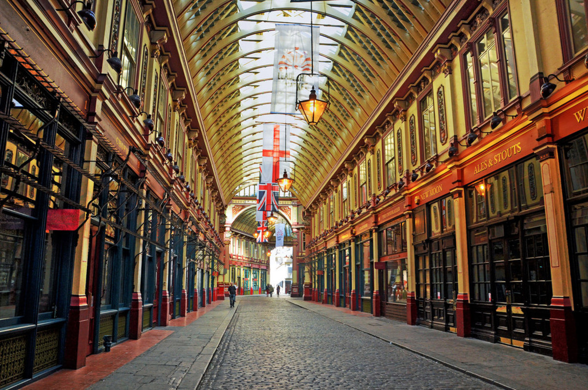 Leadenhall Market (Flickr: DncnH)