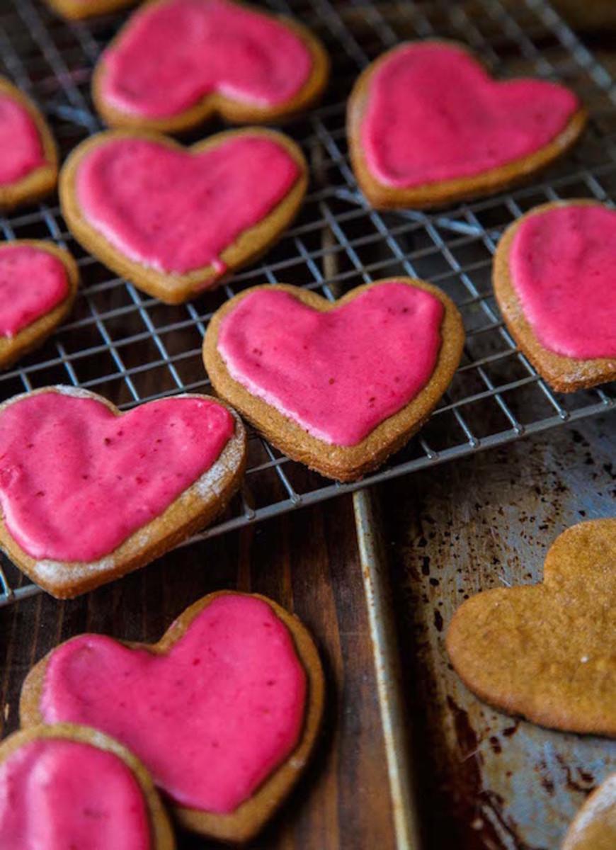 cutout-gingerbread-cookie-recipe-15