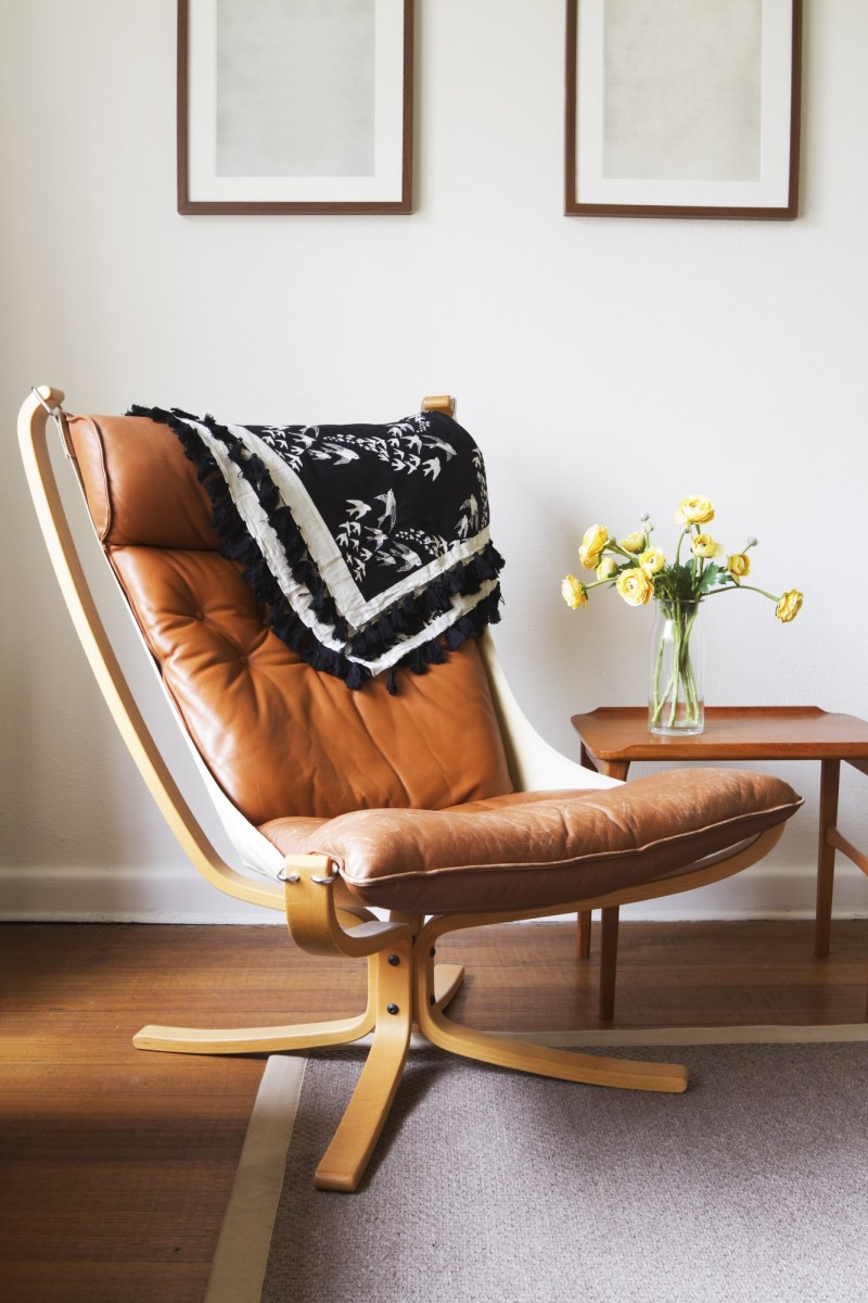 Vintage retro tan leather danish chair and table